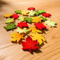 Blancheporte 12 dekoratívnych javorových listov